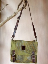 elephant-gifts-art-courier-bag-olive-feature