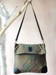 elephant-gifts-art-dossier-bag-green-feature